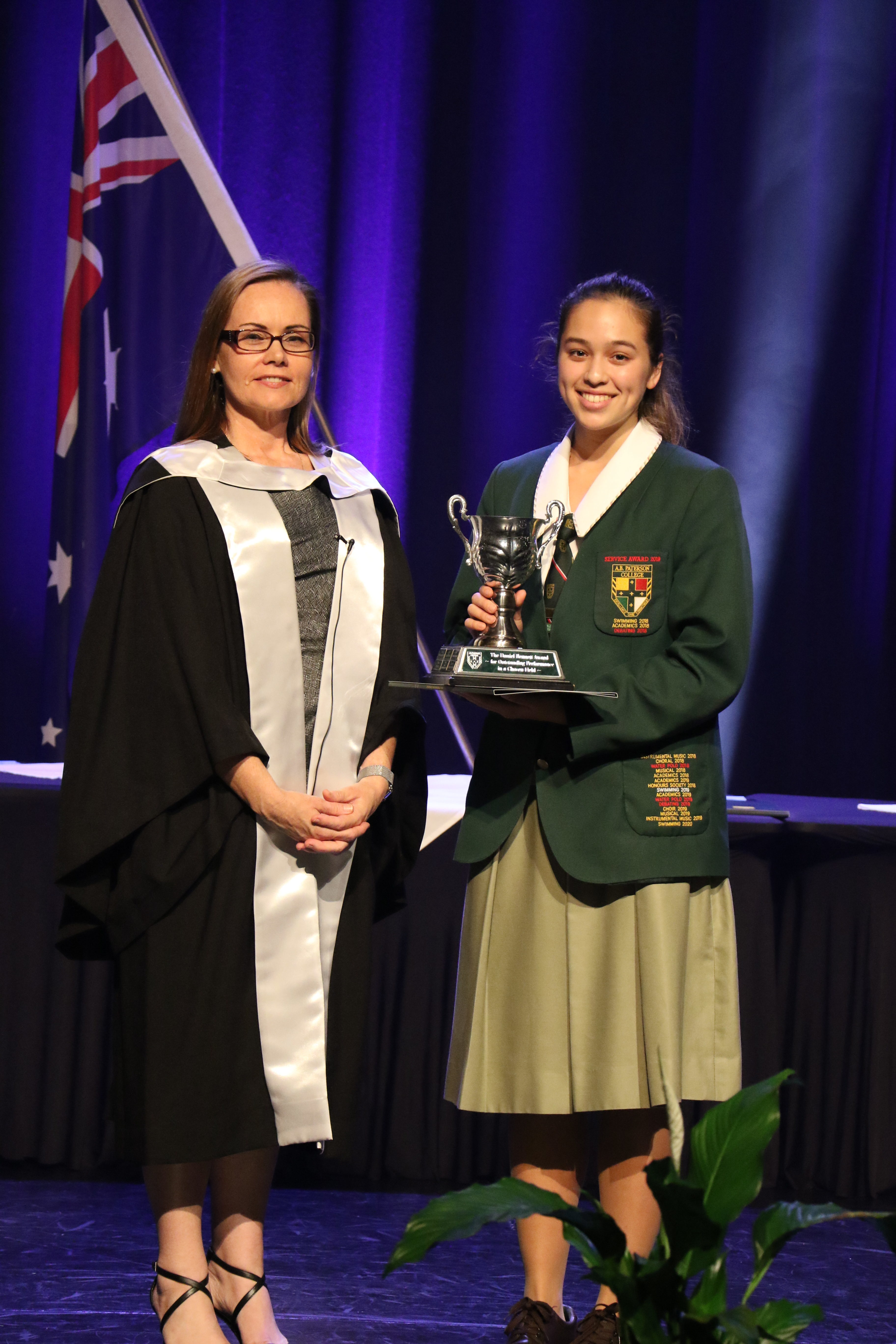 2020 Dux Proxime Accessit Award Recipient, Rianna Webster (right) with College Principal, Mrs Sheehy