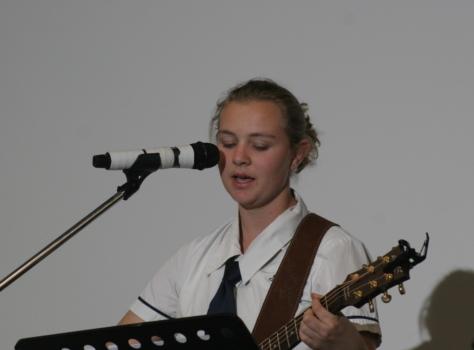 Anna Stewart Singing Edit