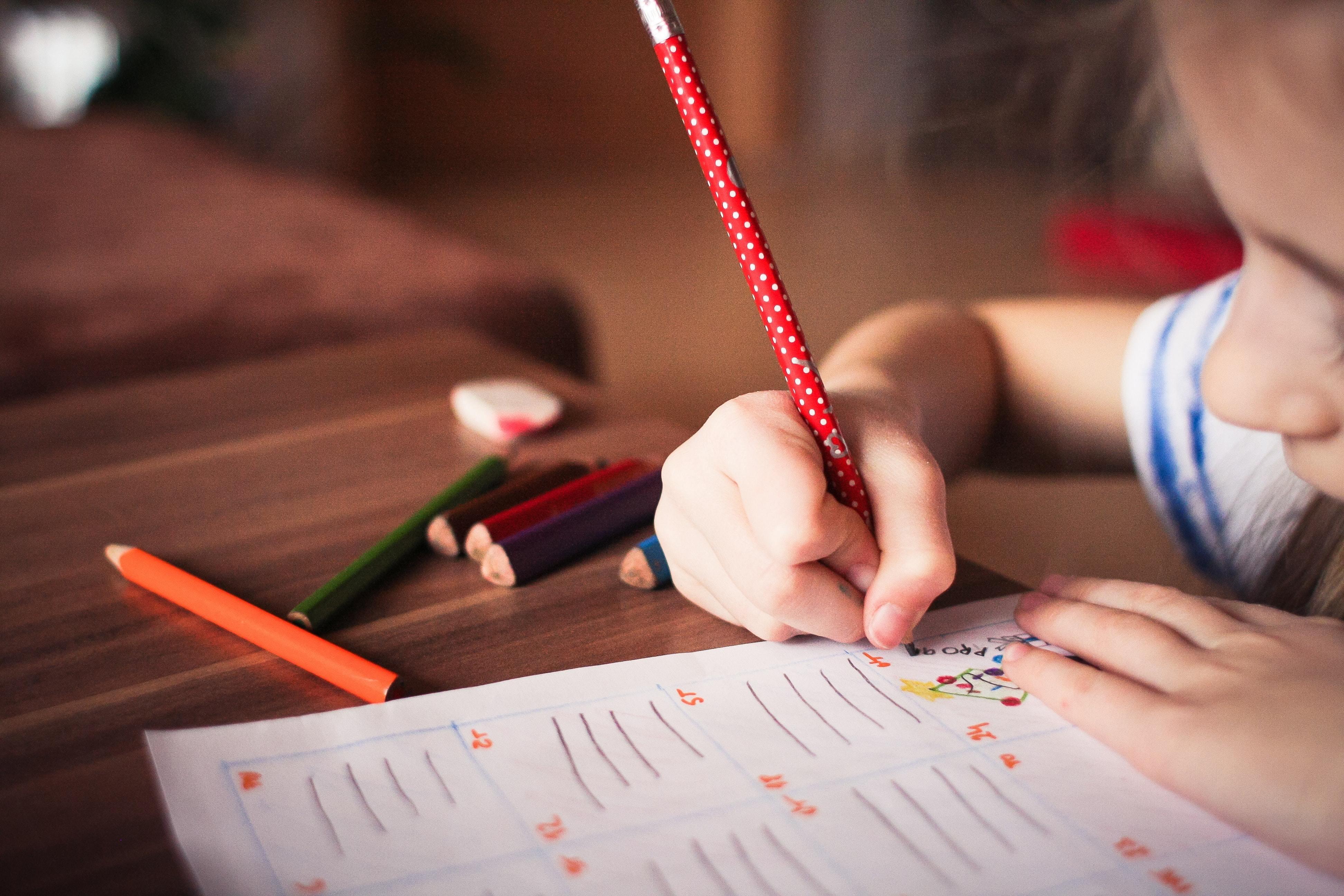 blur child classroom 256468 1