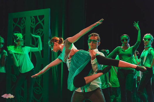 Musical Dance In Green