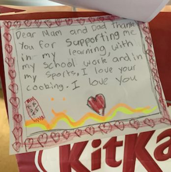 Cropped Kit Kat 1