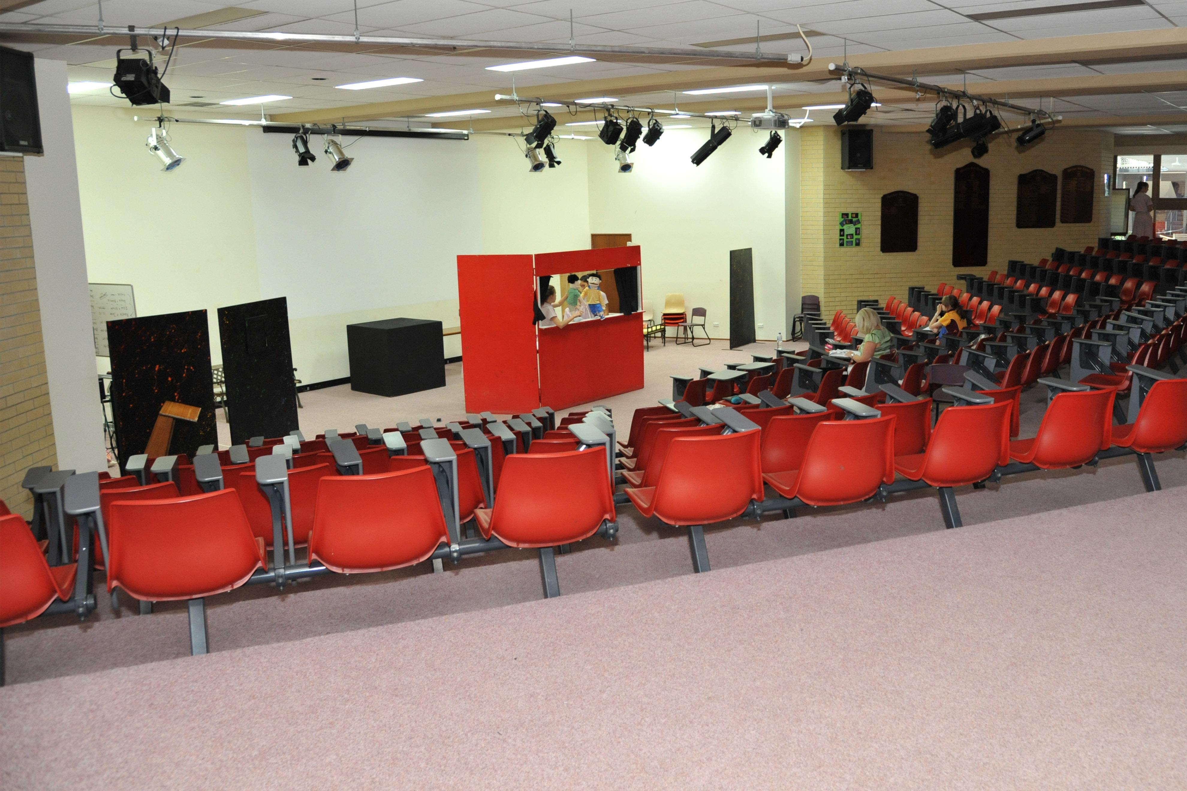 Mamie Mcquillan Auditorium