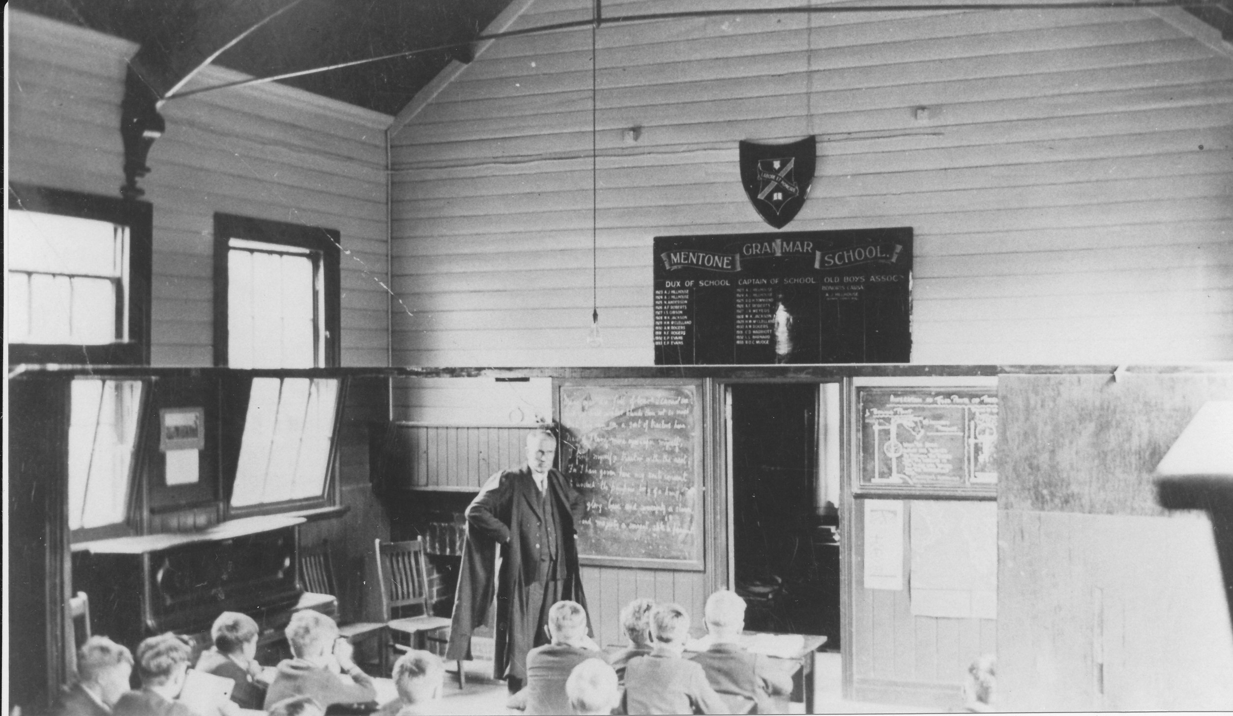 1934-C.C.Thorold-in-classroom.jpg?mtime=20170810000633#asset:587