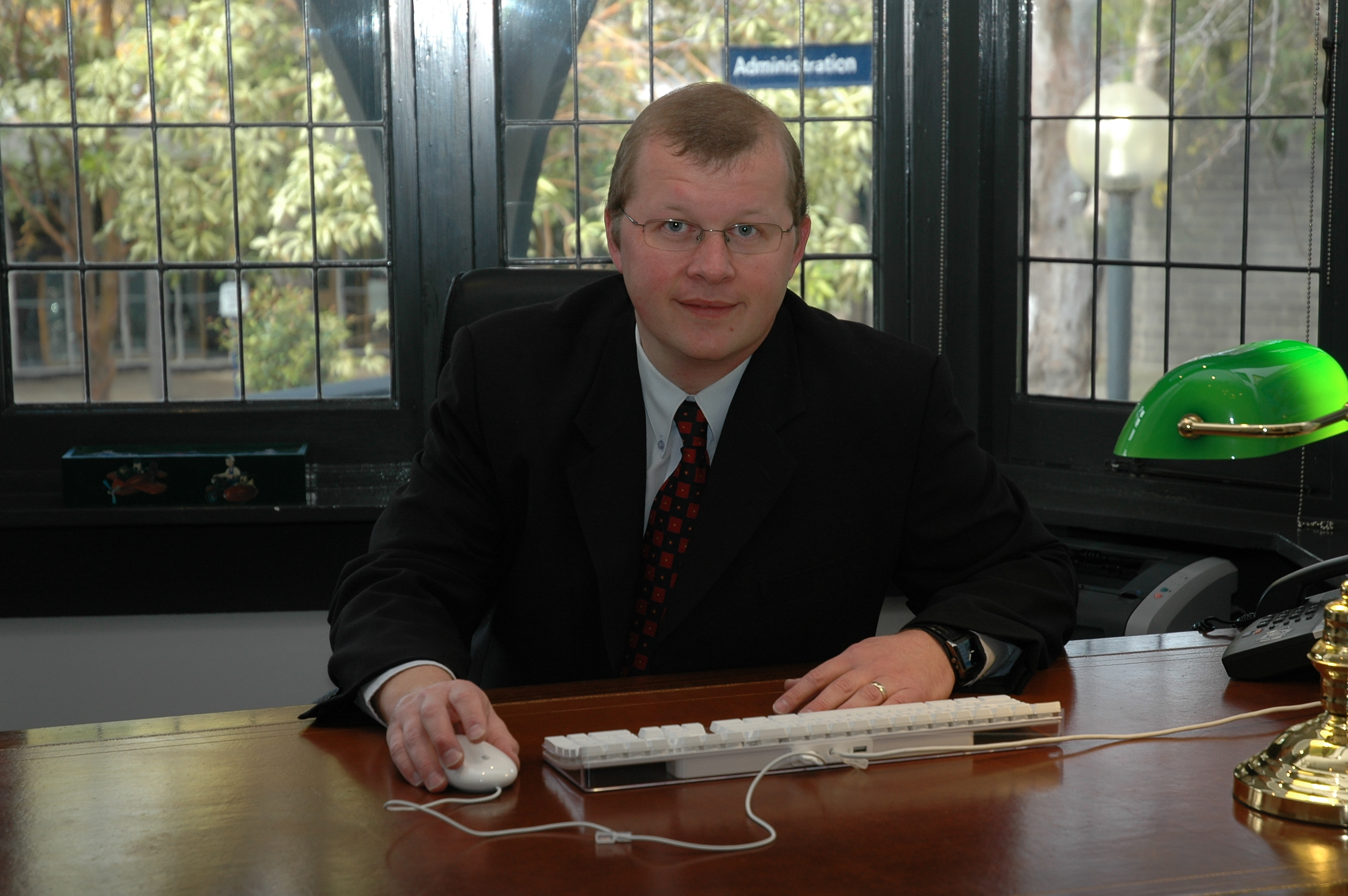 2006-Headmaster-Tim-Argall.jpg?mtime=20170810004825#asset:618