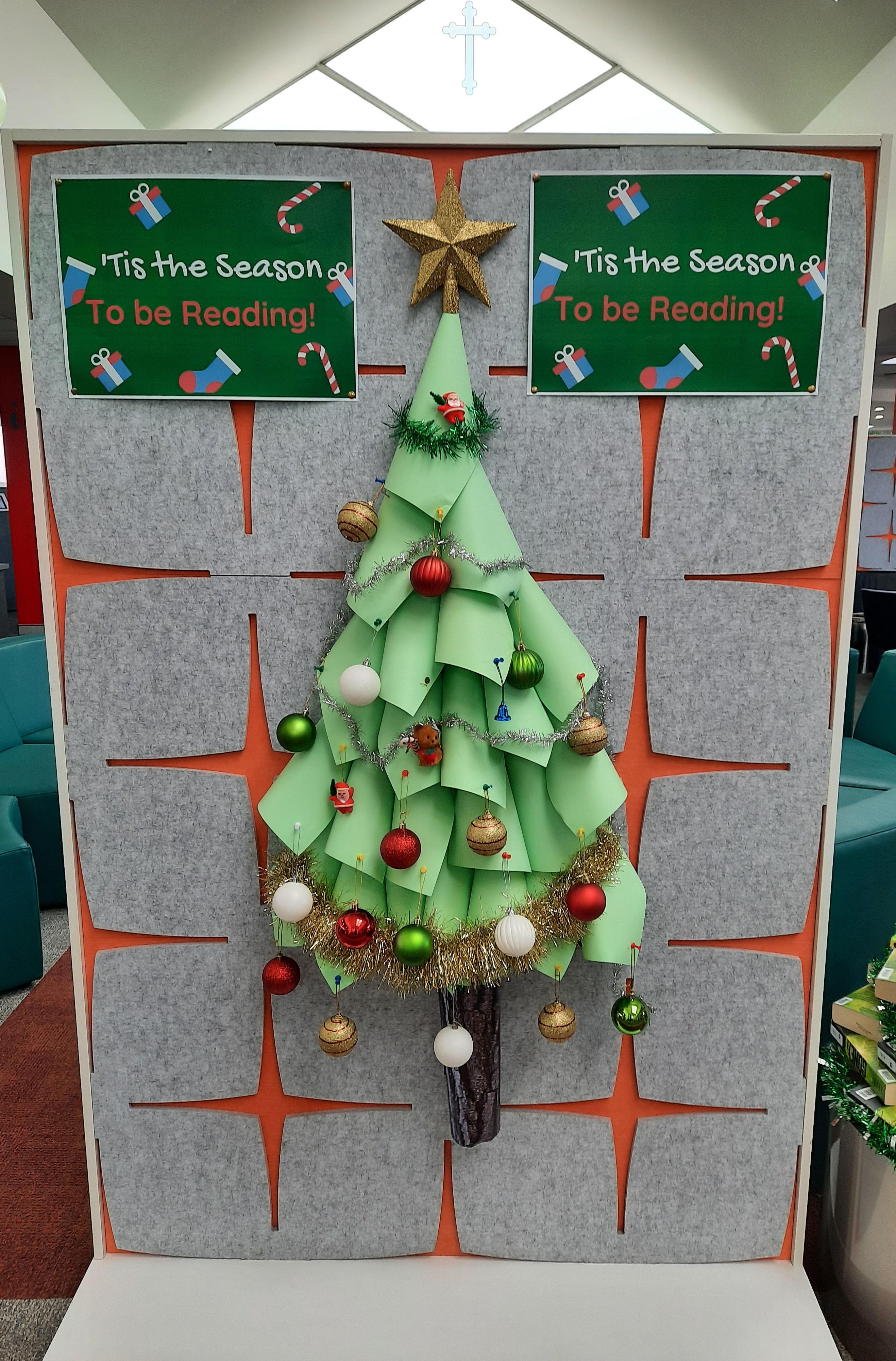 2020 Library Christmas Display