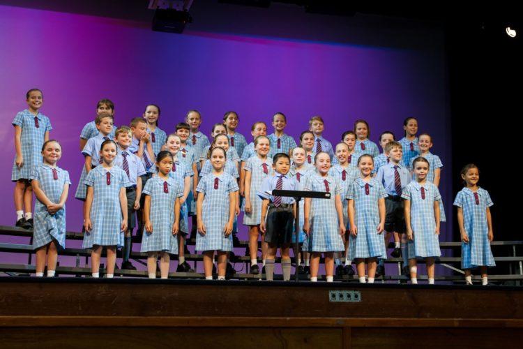 Pochino Choir Qyma 13