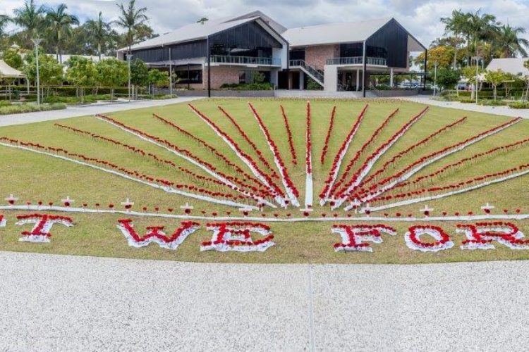 Ormiston-College-Remembrance-Day-Commemoration-2015-001