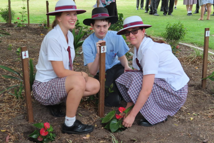 Ormiston College Year 12 Tree Planting 2019 2