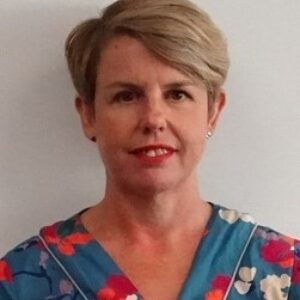 Dr Tracy Bourne