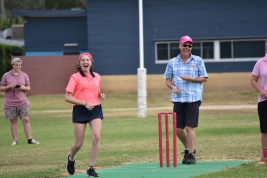 Vlc Amy Mc Aliece Cant Believe Her Bowling Luck While Umpire Mr Gary Harding Seems To Be Enjoying Himself Way Too Much