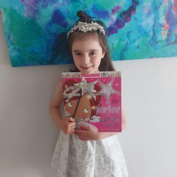 Annabella Kneip As Daphne The Diamond Fairy