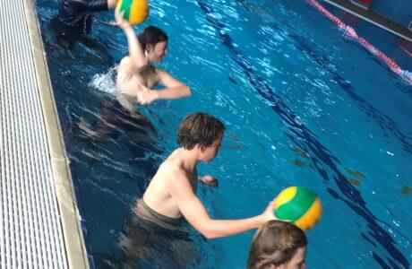 U2 Water Polo Underwater Hockey 4